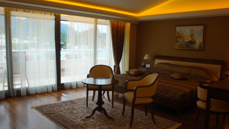 Отель петровац 4 черногория